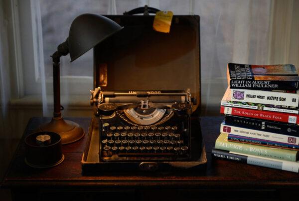 مستند درباره نویسنده و نویسندگی - مستند - ماشین تحریر ویلیام فاکنر