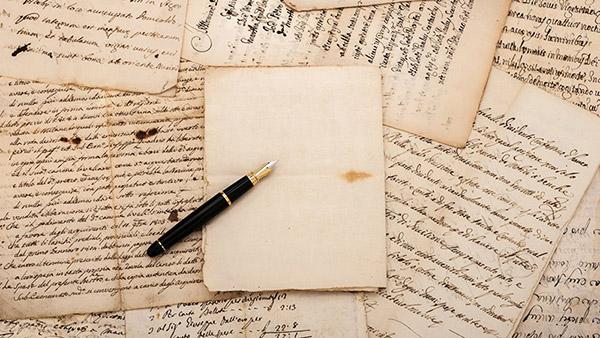 ده فرمان برای نویسنده شدن - نویسندگی - شروع نویسندگی - ۱۰ فرمان نویسندگی - ده گام تا نویسنده شدن - چطور نویسنده شویم - چگونه نویسنده شویم